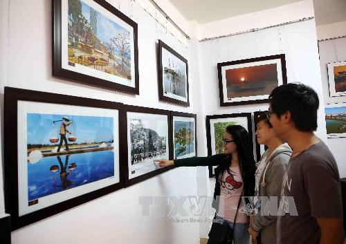 """Đà Nẵng: Khai mạc triển lãm ảnh """"Xuân quê hương"""" lần thứ 1"""