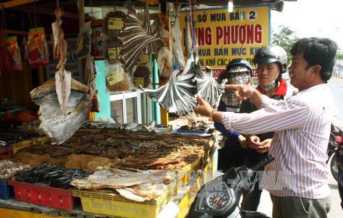 Sóc Trăng: Nhiều sản phẩm cá khô phục vụ thị trường Tết