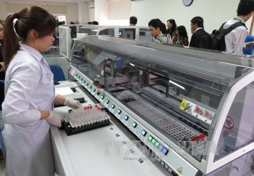 """Hội nghị khoa học """" Gia tăng chất lượng dịch vụ y tế bằng xu hướng tự động hóa và ứng dụng công nghệ thông tin trong phòng xét nghiệm"""""""