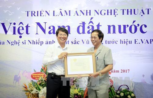 """Triển lãm ảnh """" Việt Nam đất nước tôi"""""""