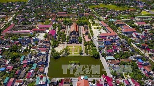 Du lịch Việt Nam: Chiêm ngưỡng vẻ đẹp độc đáo của nhà thờ đá Phát Diệm hơn 100 năm tuổi