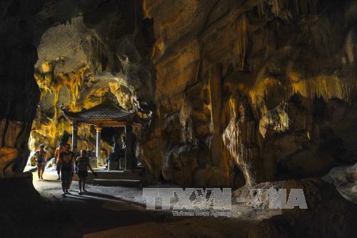 Du lịch Việt Nam: Chùa Bích Động