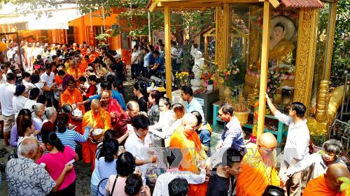 TP.Hồ Chí Minh: Lễ hội Sen Đôn Ta Vu lan báo hiếu 2017