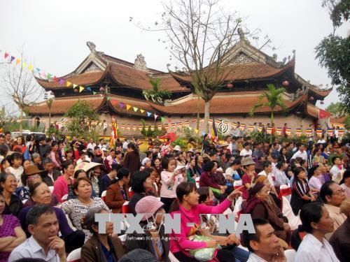 Thái Nguyên: Khai mạc Lễ hội Chùa Hang xuân Mậu Tuất năm 2018